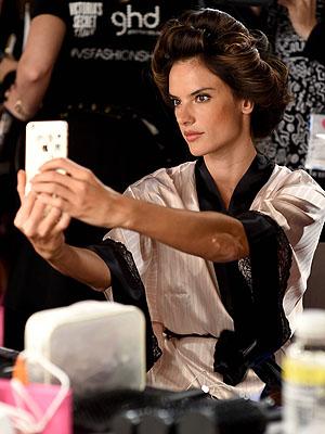 Alessandra Ambrosio Victoria's Secret backstage [Getty]