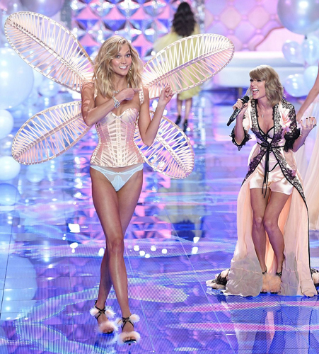 The best-friend duo were in their element as they flaunted their enviably-honed bodies [Splash]
